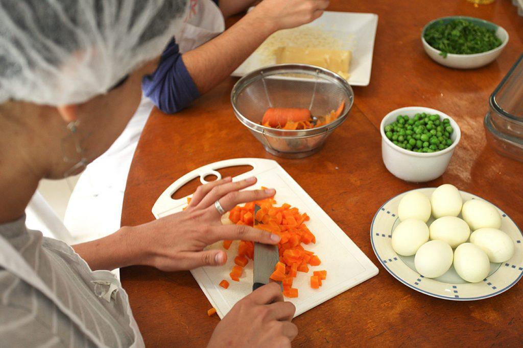 aula de culinária do 10º ano - Colégio Micael Ensino Médio