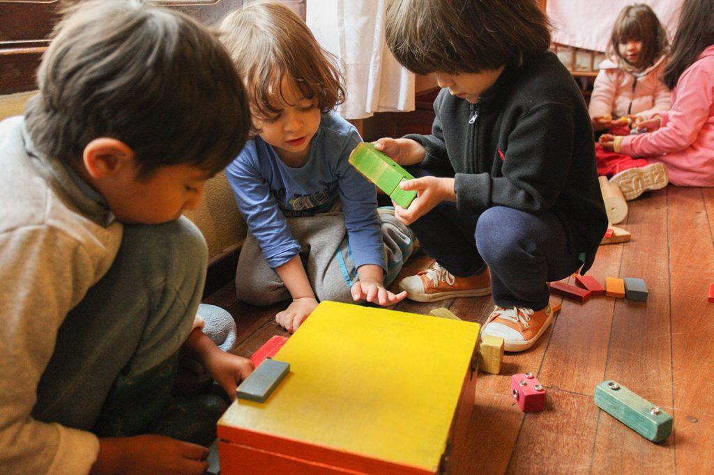 brincar também é socializar - Colégio Micael Educação Infantil